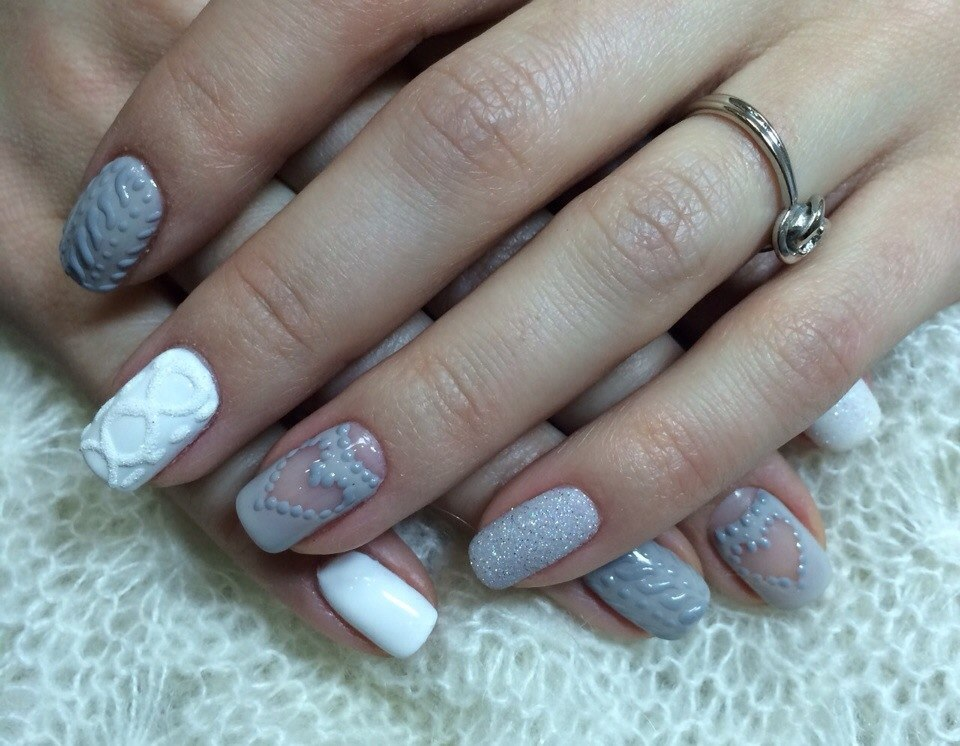 Дизайн ногтей  красками